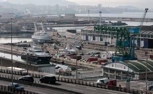 Marseille le 28 février 2011 - Au 28 ème jour de greve des marins de la SNCM , les navires sont toujours bloqués à quai au port autonome