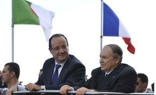 Francois Hollande et Abdelaziz Bouteflika à alger le 19 décembre 2012