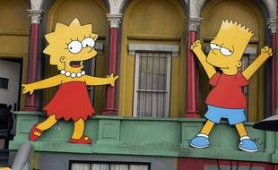 Lisa et Bart Simpson à Los Angeles en 2005. (illustration)