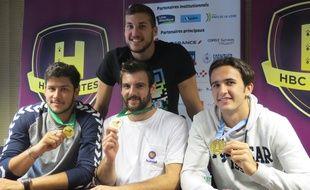 Au premier rang, Nicolas Tournat, Julien Salmon et Romain Lagarde (de gauche à droite). Au dessus, Florian Delecroix.