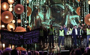 Des intermittents du spectacle interrompent la 31ème Nuit des Molières, à Paris, le 13 mai 2019.