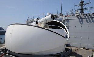 Testé à San Diego par la Navy américaine, cette arme laser équipera l'USS Ponce dès 2014.