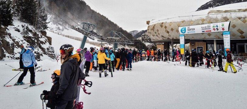 Le 2 décembre, des skieurs dans la station andorrane de Grandvalira.