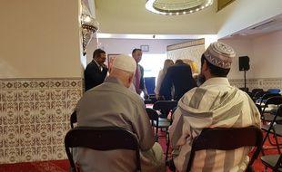 Deux musulmans lors de l'inauguration de la mosquée de la porte d'Aix à Marseille (illustration).