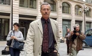 """Le juge d'instruction français Renaud van Ruymbeke comparaissait jeudi devant le Conseil supérieur de la magistrature, chargé de déterminer si ce magistrat de 55 ans, qui a reçu de nombreux soutiens de ses pairs, a """"dérapé"""" dans l'affaire politico-financière Clearstream."""