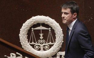 Manuel Valls le 29 avril 2014 à l'Assemblée, avant son discours sur le programme de stabilité budgétaire.
