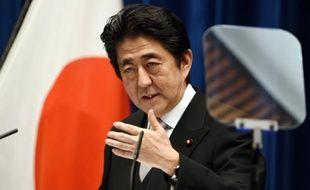Le Premier ministre Shinzo Abe lors d'une conférence de presse, le 7 octobre 2015 à Tokyo