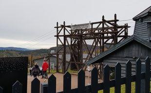 Alsace: Sondages archéologiques sur le site de l'ancien camp de concentration de Natzweiler-Struthof, dans le Bas-Rhin.