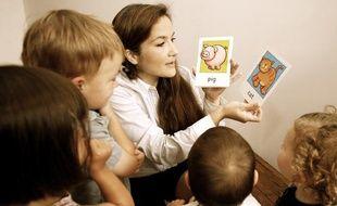 Rituels et jeux permettent d'initier l'enfant à l'anglais.