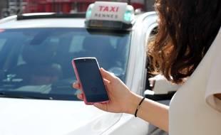 La plateforme Le Taxi lancée par l'Etat permet de héler un taxi avec son mobile.