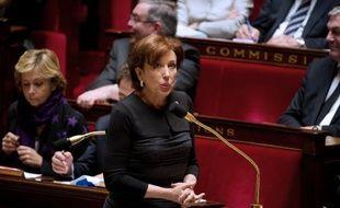 """L'ancienne ministre UMP Roselyne Bachelot a déclaré dimanche qu'elle revoterait pour Nicolas Sarkozy si c'était celui qu'elle a """"connu au début de son mandat"""" mais qu'elle ne le choisirait pas si c'était celui """"de la seconde partie de sa campagne présidentielle de 2012""""."""