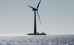 Illustration d'une éolienne offshore, ici au large du Croisic. L'hydrogène pourrait être produire par des éoliennes lors des périodes de forte production électrique.
