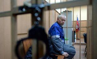 Vladimir Martynenko, le conducteur russe du chasse-neige à l'origine du crash de l'avion du PDG de Total, Christophe de Margerie, lors de sa comparution au tribunal, à Moscou