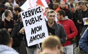 La totalité des centrales syndicales appellent à la grève dans la fonctions publique.