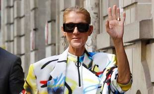 Céline Dion fait le show parce qu'il fait chaud à Paris le 29 juin 2019