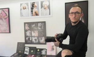 A 29 ans, Zeykah a déjà derrière lu plus d'une dizaine d'années de photographie.
