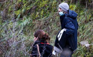 Cédric Jubillar lors d'une battue le 23 décembre pour rechercher Delphine, disparue dans la nuit du 15 au 16 décembre.