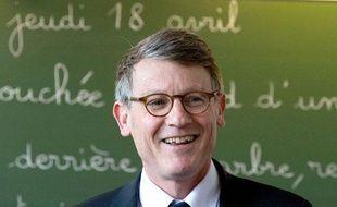 Vincent Peillon visite l'école primaire «Le Coteau» à Cachan (94) le jeudi 18 avril 2013