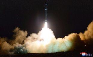 La Corée du Nord a testé son nouveau missile balistique intercontinental, le Hwasong-15, le 28 novembre 2017.