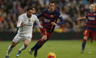 Isco lors du match entre le Real Madrid et le Barça le 21 novembre 2015.