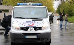 Illustration d'un véhicule de police ici à Rennes.