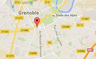 La rixe a eu lieu rue Paul-Janet à Grenoble ce dimanche 14 février 2016, aux environs de 4 heures du matin.