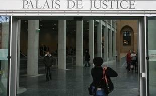 Le Palais de justice de Toulouse a condamné un exhibitionniste à 18 mois de prison, dont neuf ferme.