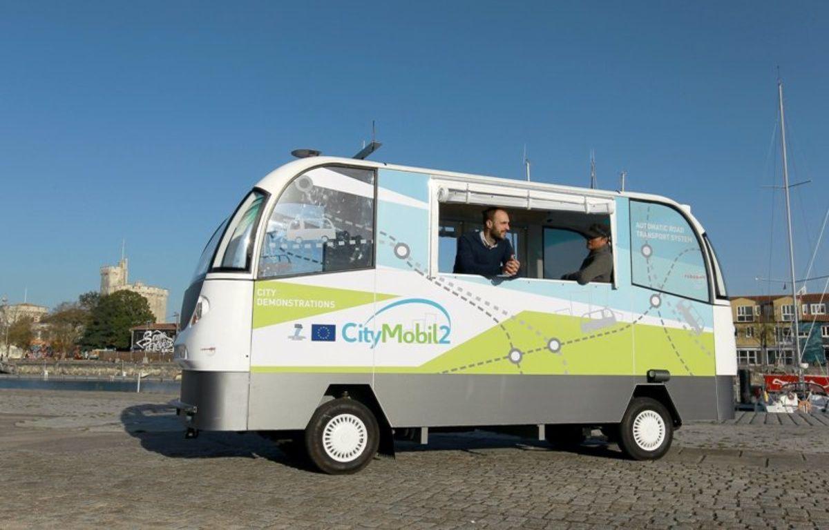 Le prototype de minibus sans chauffeur Citymobil 2 à La Rochelle – Communuaté d'agglomération de La Rochelle