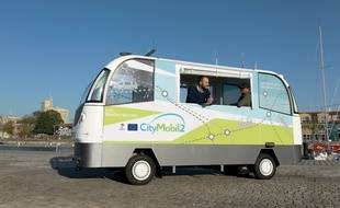 Le prototype de minibus sans chauffeur Citymobil 2 à La Rochelle