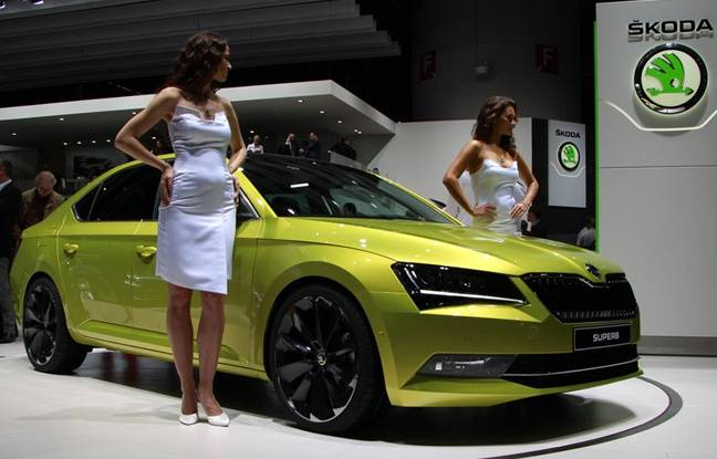 gen ve 2015 en direct skoda superb. Black Bedroom Furniture Sets. Home Design Ideas