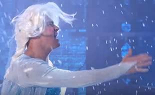 Channing Tatum en Elsa de «La Reine des neiges» sur le plateau de l'émission américaine Lip Sync Battle.