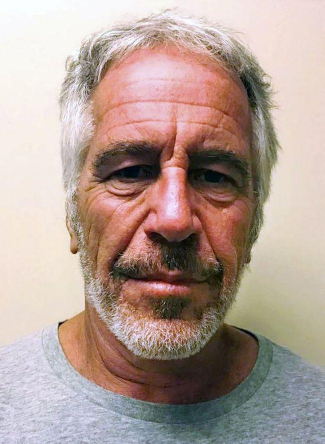 Le financier américain Jeffrey Epstein a été inculpé le 8 juillet 2019 d'exploitation sexuelle de mineures.