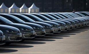 Des voitures Wolkswagen à Berlin sont alignées pour la conférence de presse annuelle de la marque allemande le 13 mars 2014