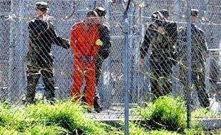 Deux nouvelles plaintes ont été déposées par les avocats de détenus de Guantanamo devant des tribunaux fédéraux de Washington contestant la manière dont l'administration Obama traite et entend traiter à l'avenir ces hommes enfermés depuis des années.
