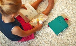 Bookinou est une liseuse audio pour enfant qui permet d'écouter les histoires avec la voix de ses proches. Crédit : Pimely.