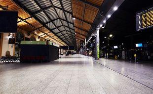 Ceci est un dancefloor... Samedi 3 septembre 2016, les quais de la gare Saint-Lazare se transforment en club géant.