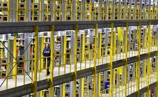 Des employés d'Amazon à San Fernando de Henares, près de Madrid, en 2016.