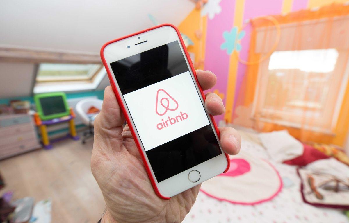 L'application Airbnb permet de louer des logements entre particuliers. –  ISOPIX/SIPA