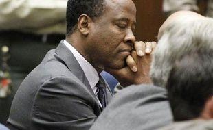 Le docteur Conrad Murray a été condamné mardi à la peine maximale de quatre ans de prison pour homicide involontaire après la mort de Michael Jackson en juin 2009.
