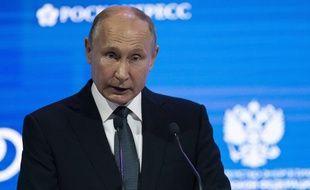 Le président russe, Vladimir Poutine, lors du sommet consacré à l'énergie, le 3 octobre 2018, à Moscou en Russie.