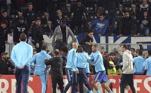 Une altercation a éclaté entre Patrice Evra et des supporters olympiens.