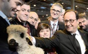 François Hollande au Salon de l'Agriculture le 21 février 2015 à Paris