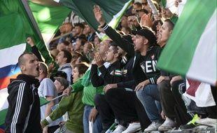 Des supporters du Rapid Vienne lors d'un match à Helsinki, en Finlande, le 21 août 2014.