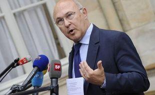 Le coup de pouce au Smic, promis par François Hollande, sera annoncé le 26 juin par le ministre du Travail devant les partenaires sociaux réunis dans le cadre de la Commission nationale de la négociation collective (CNNC), a-t-on appris lundi auprès du ministère.