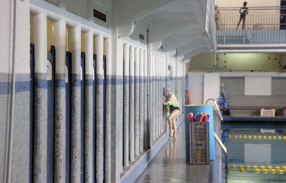 Rennes la piscine saint georges bient t class e aux for Vestiaires piscine
