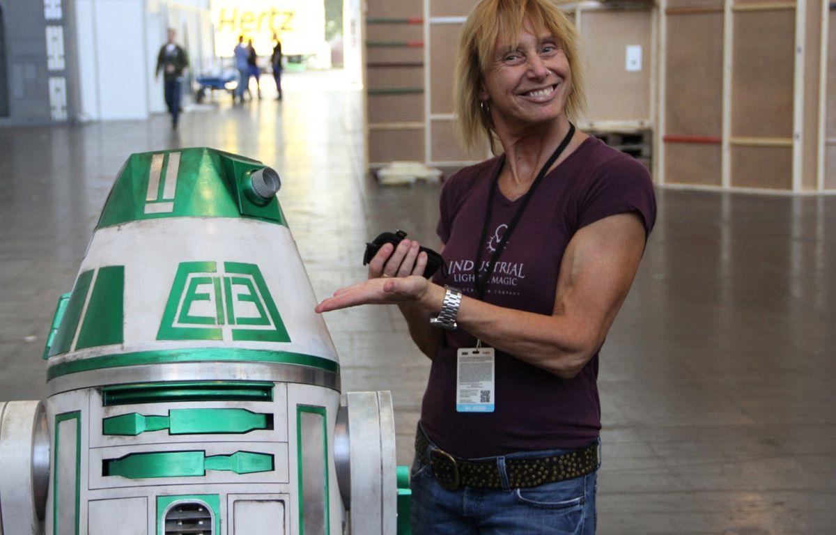 Mary Franklin et un ami  – Star Wars.com