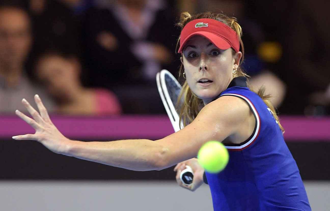 Amelie Mauresmo enceinte quitte l'équipe de France de tennis [Photos]