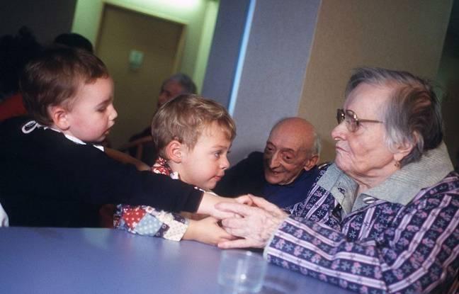 Des moments d'interactions entre les deux générations sont possibles.