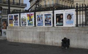 Des affiches électorales lors des municipales 2020 de Marseille