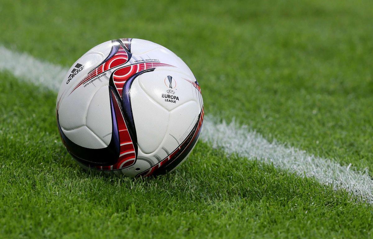 Le ballon de Ligue Europa – Adam Jastrzebowski/SIPA
